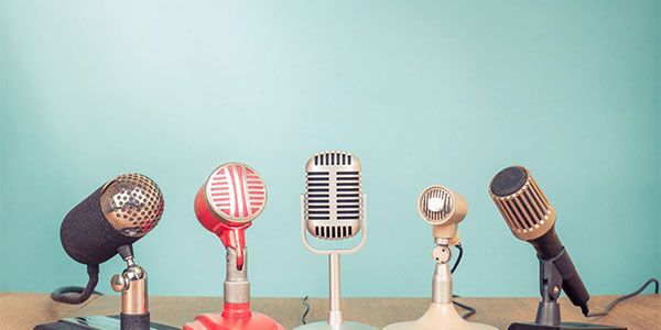 5 microphones set up to record an eDiscovery custodian interview